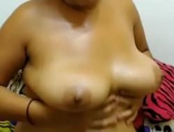 Bangladeshi housewife Aklima web cam chat LEACKED-part2
