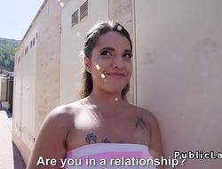 Big ass Latina bangs in public