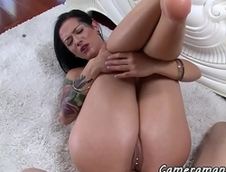 Tattooed babe with bigtits gets fucked in pov
