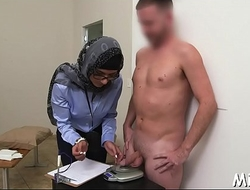 Arab playgirl receives pussy-licking
