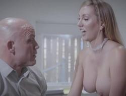 Bald-headed businessman fucks his gorgeous wordsmith
